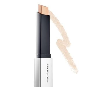 Hourglass Makeup - ✨Hourglass Vanish Flash Highlighting Stick✨